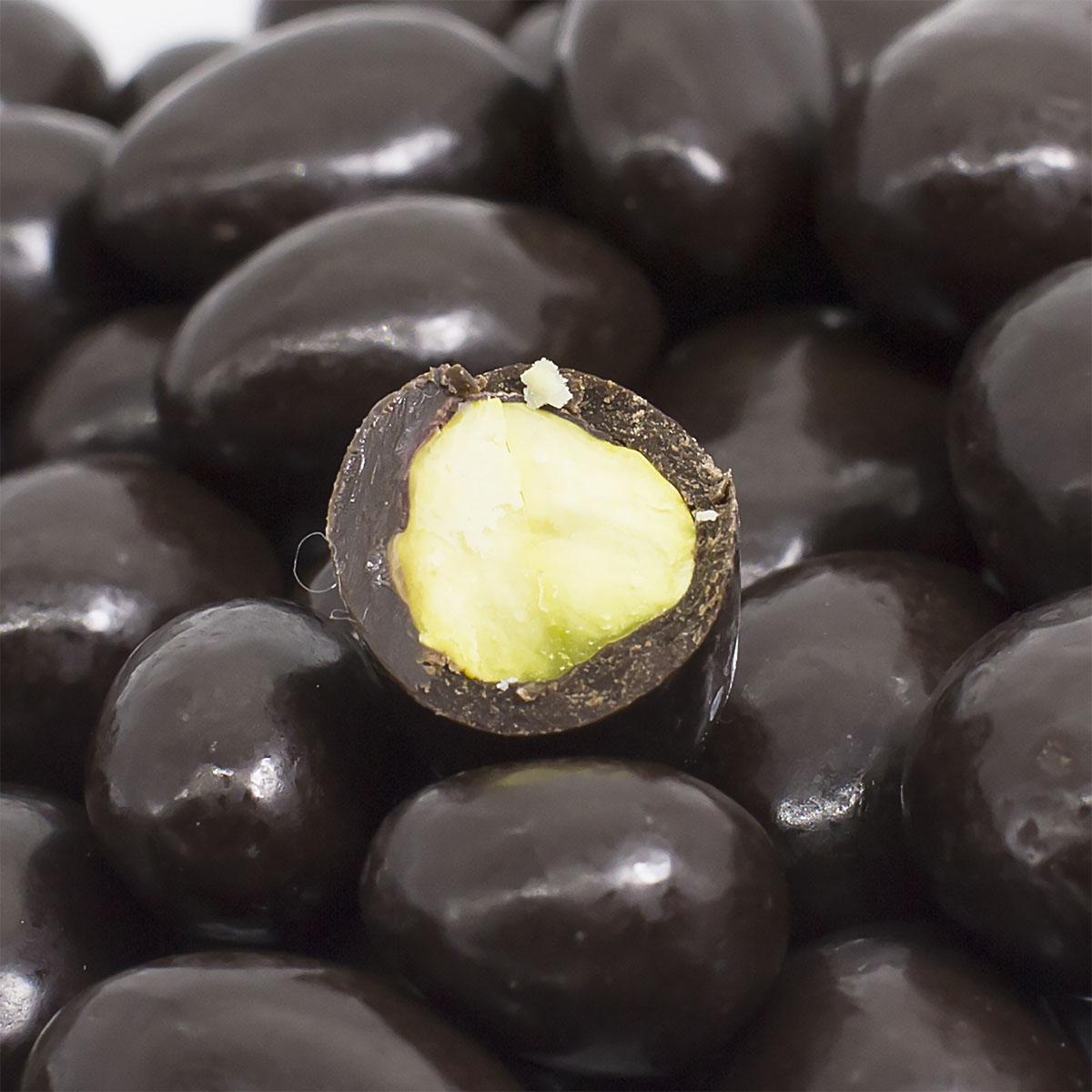 Фисташки в темной шоколадной глазури