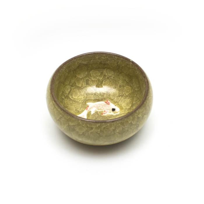 """Пиала глиняная """"Рыба"""" глазурь желтая 3D, 40 мл. d-6 см."""